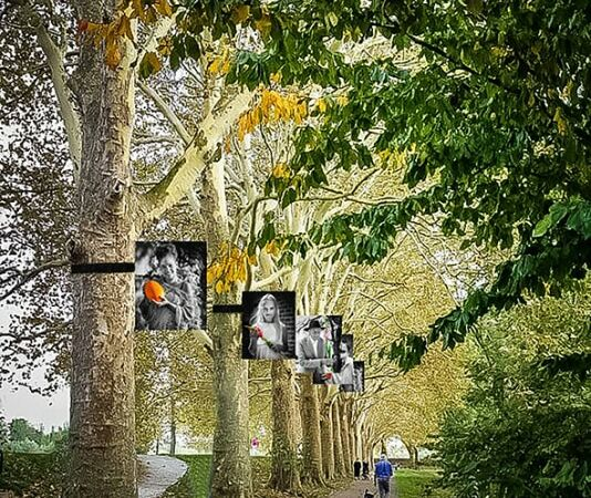 100 Gorinchemmers tonen tolerantie in de bomen van de stadswal