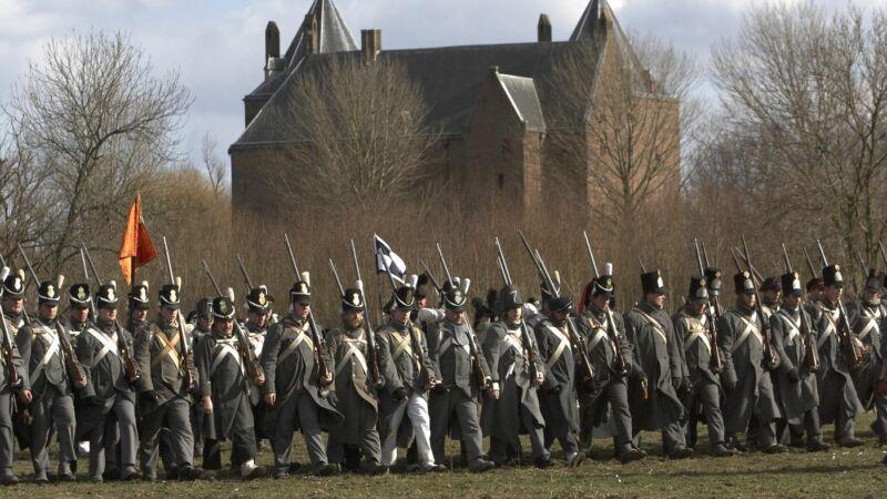 200 soldaten tijdens veldslag bij Slot Loevestein