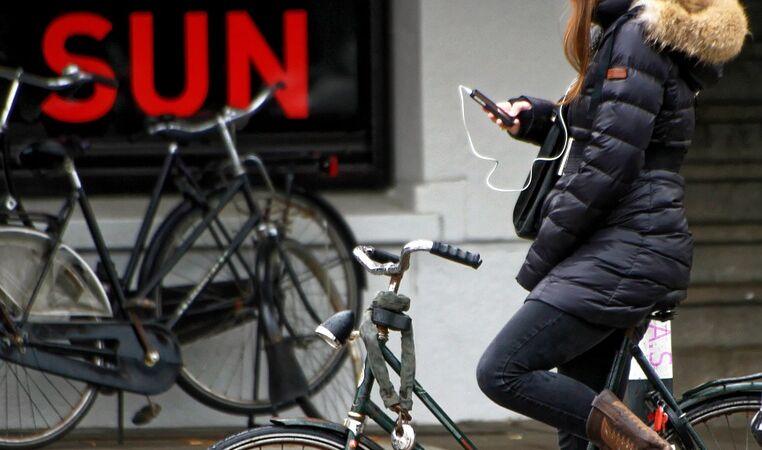 Scholieren-campagne tegen 'appen op de fiets'