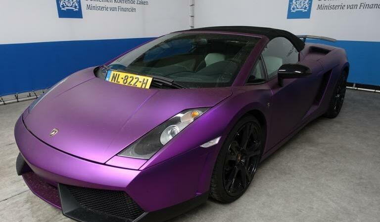 Inbeslaggenomene Lamborghini wordt verkocht