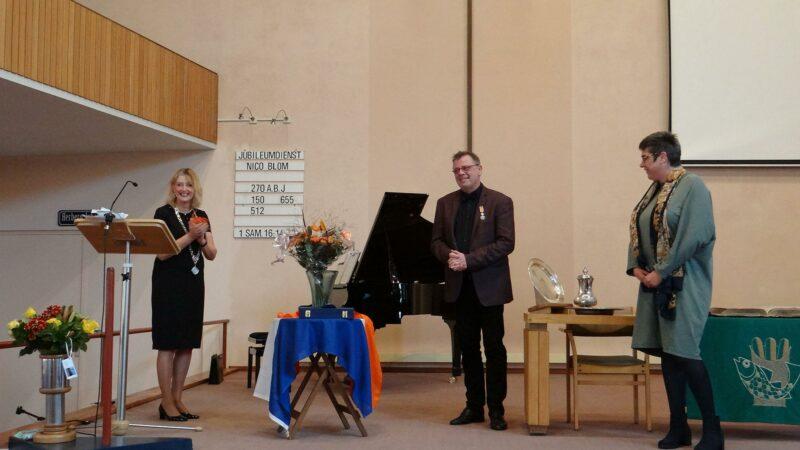 Kerkorganist Nico Blom ontvangt Koninklijke Onderscheiding