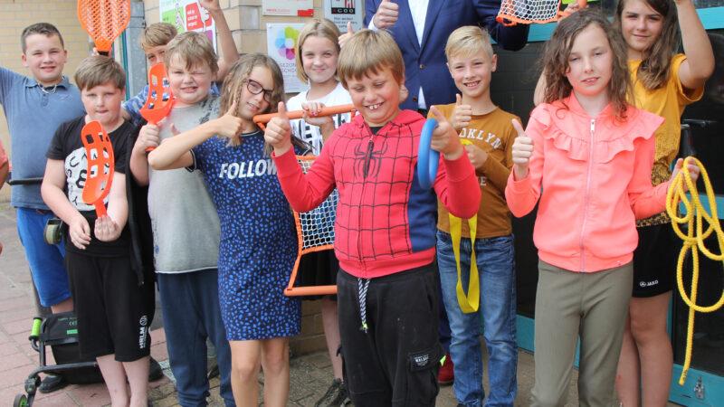 Basisschool Beatrix de Burcht krijgt vignet 'Bewegen & Sport'